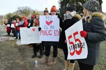 Foto de profes en huelga